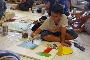 Cùng trẻ em 'Vẽ nên cổ tích'