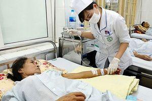 Điều trị bệnh viêm gan C: Bao giờ bệnh nhân bớt gánh nặng chi phí?