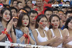Hot girl bị nghi 'làm màu' khi cổ vũ U23 Việt Nam: Chả ngắm chết mê chết mệt, mà còn chỉ trích!