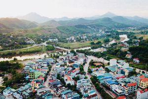 Lạc bước trên phố cũ Tiên Yên