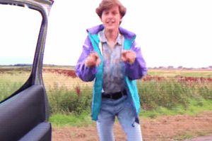 Điệu nhảy 'lao ra khỏi xe' phiên bản thập niên 80