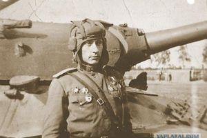 Chuyện chưa kể về Ace xe tăng đáng sợ nhất của Liên Xô