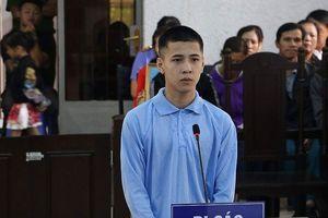 Đánh nhau trước quán karaoke, một thanh niên bị đâm tử vong