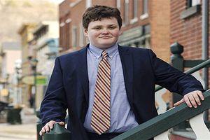 Ấn tượng khẩu hiệu tranh cử của ứng viên thống đốc bang 14 tuổi