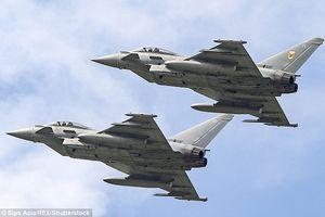 Gặp đối thủ, 6 máy bay ném bom của Nga quay đầu bỏ chạy ngay trên 'sân nhà'?