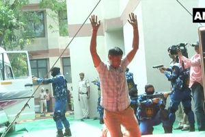 Cận cảnh kỹ năng điêu luyện của đội đặc nhiệm SWAT toàn nữ đầu tiên của Ấn Độ