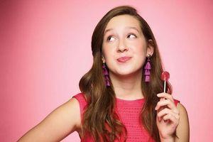Mới 13 tuổi, 'cô chủ nhỏ' đã gây dựng công ty kẹo trị giá hàng triệu USD