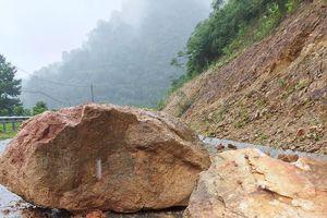 Nghệ An: Cảnh báo điểm ngập nước, sạt lở nghiêm trọng trên các tuyến quốc lộ, tỉnh lộ
