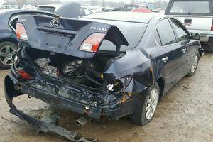Lexus gặp nạn, Toyota bị yêu cầu bồi thường 242 triệu USD