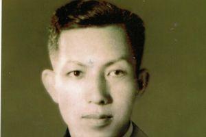 73 năm ngày treo cờ đỏ sao vàng trên đỉnh cột cờ Phu Văn Lâu, Huế: Chuyện 'lạ' về tinh thần của lão tướng không sao, anh hùng không sắc phong