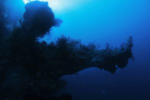 Vật thể lạ dưới nước Tam giác Quỷ