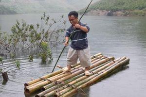 Sơn La: Bản Mông chìm trong biển nước suốt 1 tháng, người dân điêu đứng