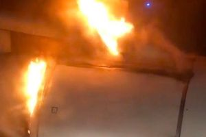 Cháy máy bay chở khách của Nga