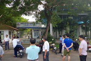Nhiều người dân kéo đến chi nhánh Cần Thơ Công ty CIC8 đòi sổ đỏ
