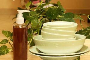 Chẳng tội gì tốn tiền mua hóa chất, tự chế ngay 5 loại nước rửa bát rẻ lại cực sạch