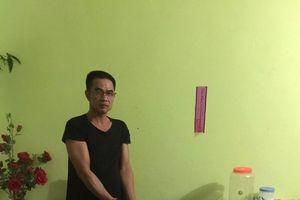 Quảng Ninh: 'Tiếp bước vợ', chồng bị công an bắt quả tang chứa mại dâm