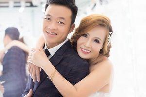 Trước đám cưới với chú rể 26 tuổi, cô dâu 61 tuổi háo hức: 'Các bạn hãy thả tim cho tôi'