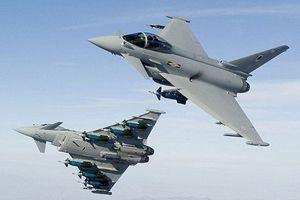 Tiêm kích Anh tiếp tục chặn máy bay Nga trên biển Đen