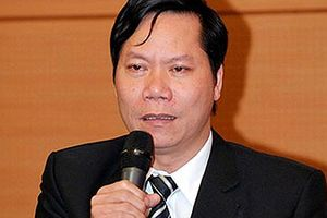 Cựu Giám đốc bệnh viện Đa khoa tỉnh Hòa Bình bị khởi tố về tội gì?