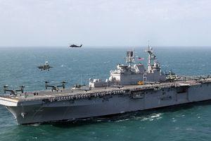 Siêu tàu đổ bộ tấn công mạnh hơn cả tàu sân bay hạng trung của Hải quân Mỹ