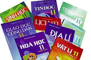 Sách giáo khoa được biên soạn và phát hành như thế nào?