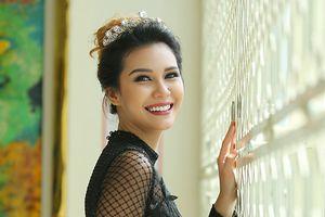 Hoa hậu Angelia Ong đến Việt Nam tìm kiếm nhan sắc dự thi Miss Earth