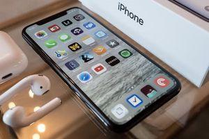 Thông tin mới nhất về giá bán bộ ba iPhone 2018: Có 'sốc' như iPhone X 2017?