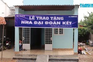 Báo Thanh Niên và Bệnh viện Bà Rịa trao nhà đại đoàn kết
