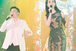 Hoa hậu Đỗ Mỹ Linh mặc váy xuyên thấu song ca với Dương Triệu Vũ