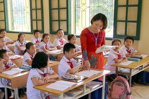 Năm học mới: Vẫn nóng chuyện giáo viên