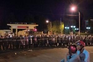 Khởi tố thêm 17 bị can trong vụ đốt phá trụ sở tỉnh Bình Thuận