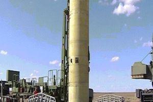 Nga tung video thử nghiệm loại tên lửa chính xác nhất thế giới