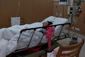 'Thiên thần gợi cảm' của Trung Quốc nhập viện do tự tử bất thành