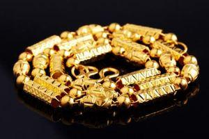 Giá vàng ngày 31/8: Thị trường thế giới quay đầu về mức 1200 USD