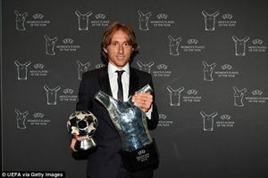 Vượt mặt Ronaldo, Luka Modric giành giải Cầu thủ xuất sắc nhất năm của UEFA