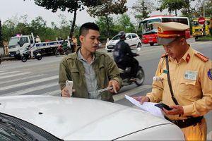 Giải pháp nào xử lý triệt để 'xe dù' ở Thừa Thiên Huế?