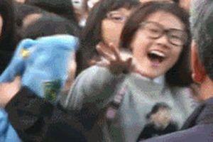 Fan cuồng rình mò, làm chuyện biến thái: Nỗi khiếp sợ của sao Kpop