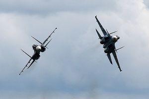 Máy bay Nga tập luyện nhiệm vụ phức tạp trên Địa Trung Hải