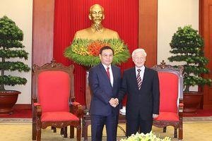 Tổng Bí thư tiếp Đoàn Ủy ban T.Ư Mặt trận Lào xây dựng đất nước