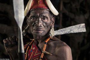 Sự thật kinh dị về bộ tộc săn đầu người cuối cùng trên trái đất