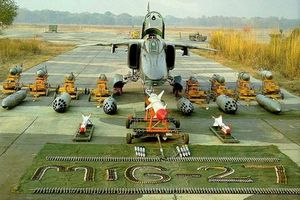 Không quân Ấn Độ lĩnh trái đắng khi 'vắt kiệt sức' cường kích MiG-27