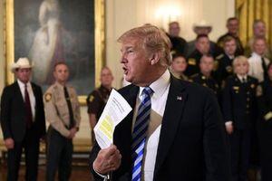 Tổng thống Trump nổi giận vì bị miêu tả là 'bốc đồng, thù địch, nhỏ mọn, và thiếu hiệu quả'