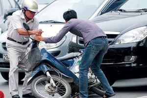 Bảo hiểm trách nhiệm dân sự xe máy lời cao, doanh nghiệp đề xuất... tăng phí!