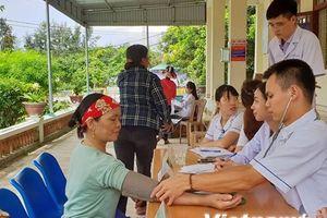 Bác sỹ luân phiên về trạm y tế xã: Giải 'bài toán đìu hiu bệnh nhân'
