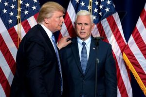 Phó tổng thống Mỹ phủ nhận kế hoạch phế truất Tổng thống Trump