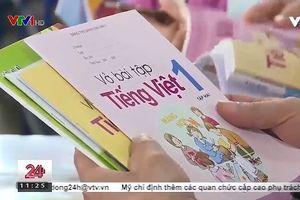 Cuộc chiến sách Công nghệ giáo dục - sách giáo khoa 2000 chuyển hướng