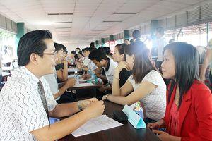 Mỹ Linh, Trọng Hiếu cùng Đông Nhi tham gia dự đại nhạc hội Việt - Nhật
