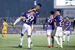 2 bàn thắng của Hoàng Vũ Samson giúp Hà Nội FC vô địch sớm