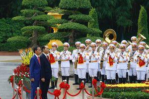 Chủ tịch nước chủ trì lễ đón Tổng thống Indonesia và Phu nhân sang thăm Việt Nam