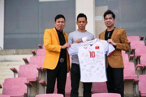 Văn Quyết muốn tặng tiền thưởng Olympic Việt Nam cho đội tuyển nữ
